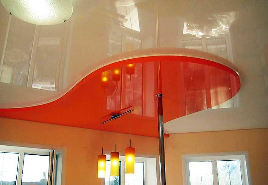 многоуровневый натяжной потолок глянец