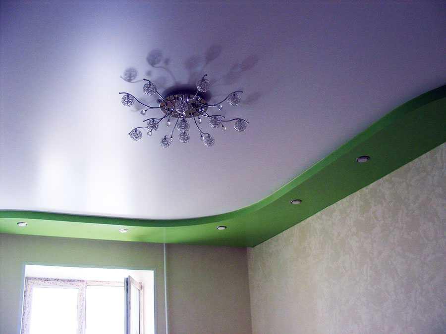 многоуровневый натяжной потолок матовый