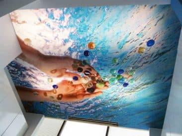 натяжной потолок 3d в ванной