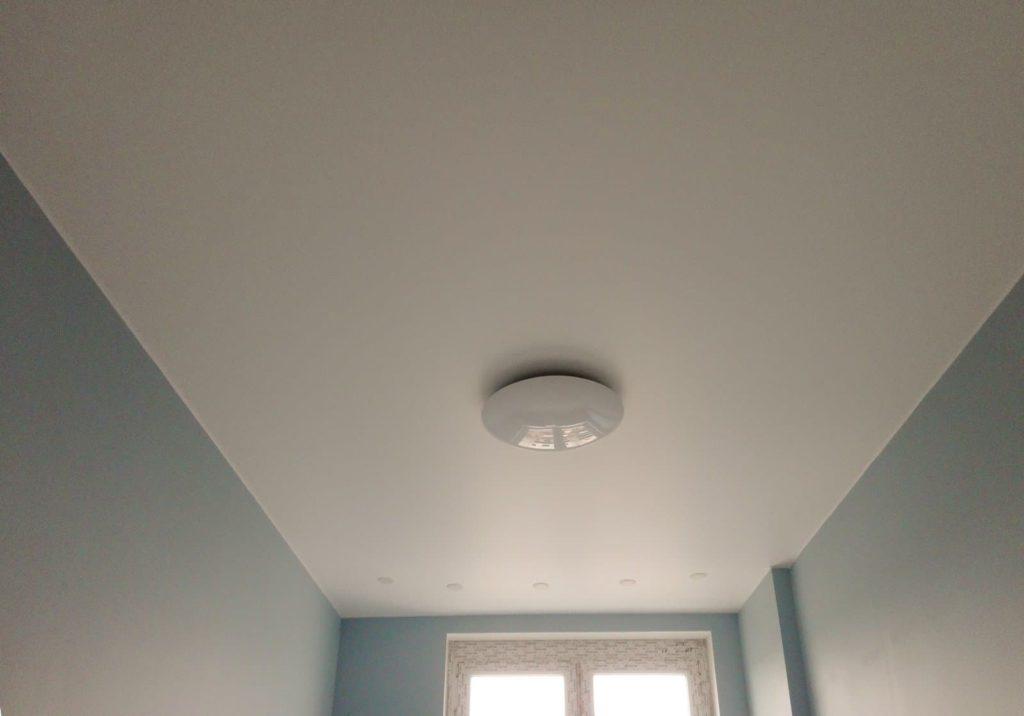 Матовый натяжной потолок под покраску