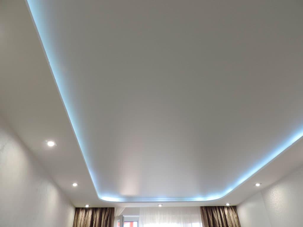 Матовый натяжной потолок многоуровневый