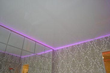 парящий потолок матовый
