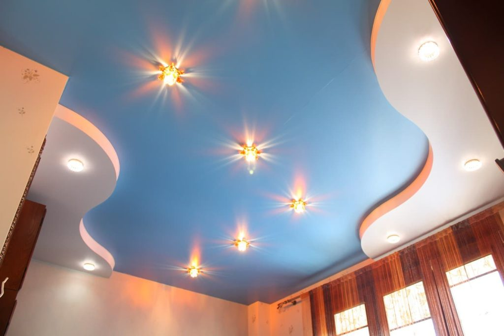 Сатиновый натяжной потолок многоуровневый