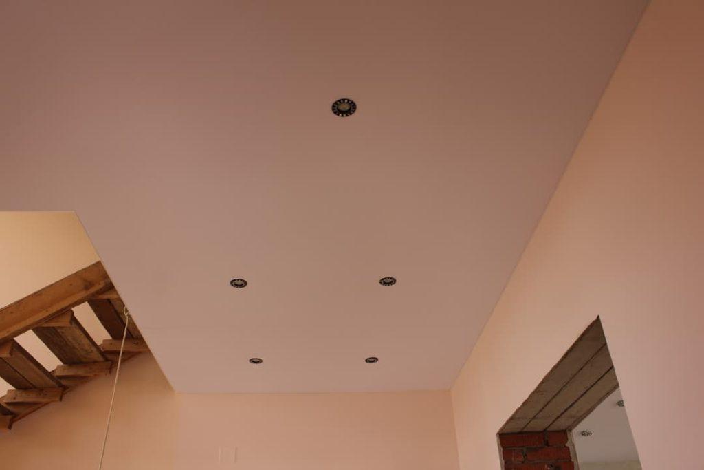 тканевый натяжной потолок дескор