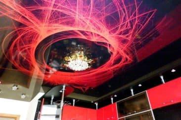 натяжной потолок 3d на кухне