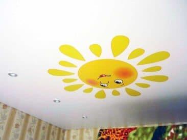 натяжной потолок с рисунком детский