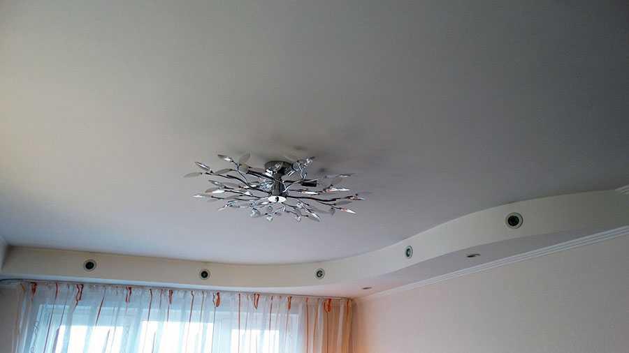 Сатиновый натяжной потолок2