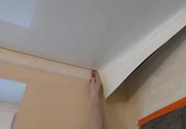 Демонтаж натяжного потолка своими руками – Фото 3